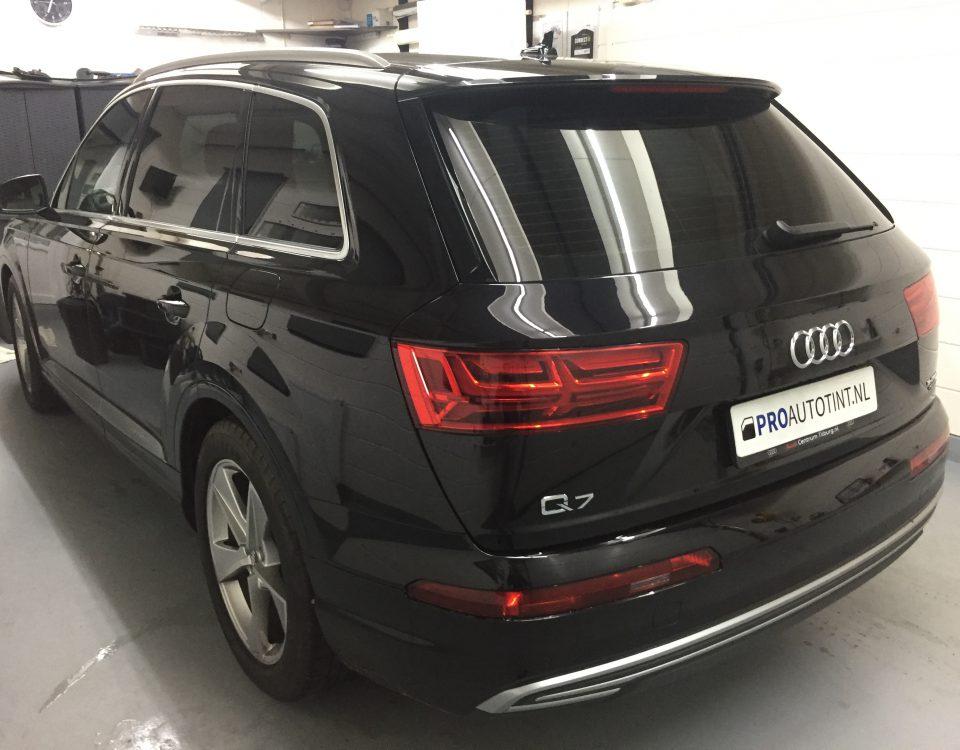 Audi Q7 ramen blinderen