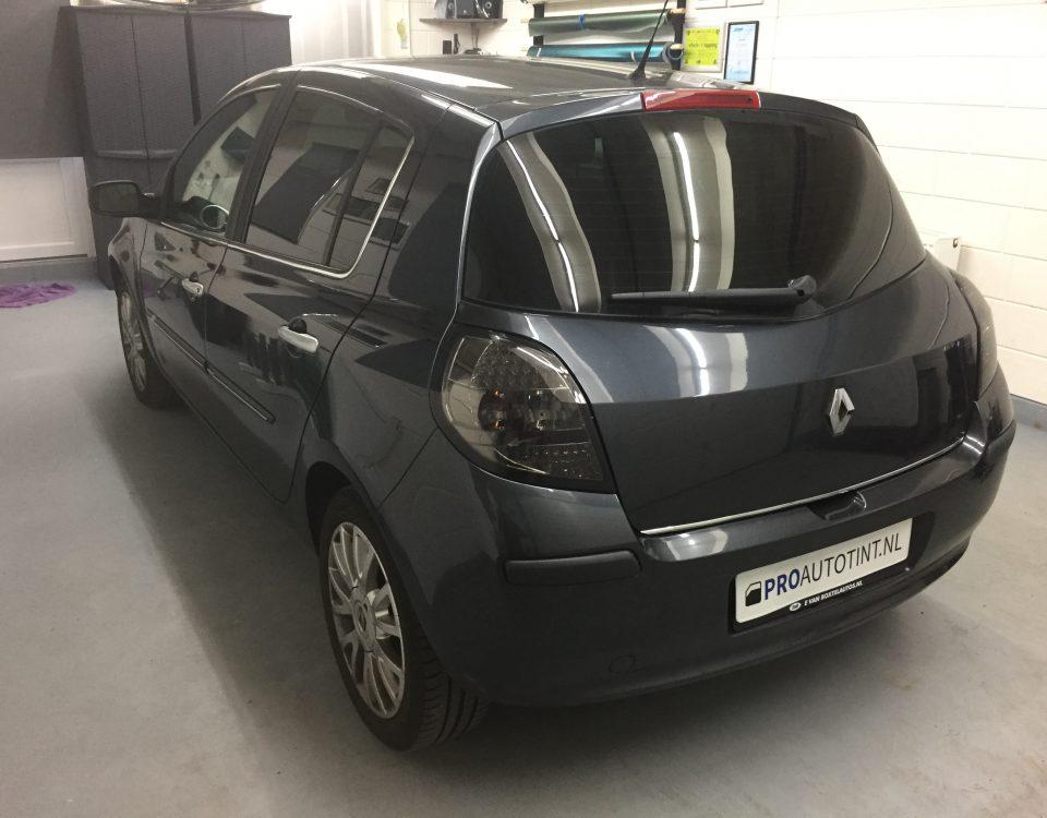Renault ramen blinderen