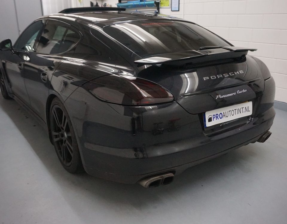 Porsche Panamera Turbo ramen blinderen