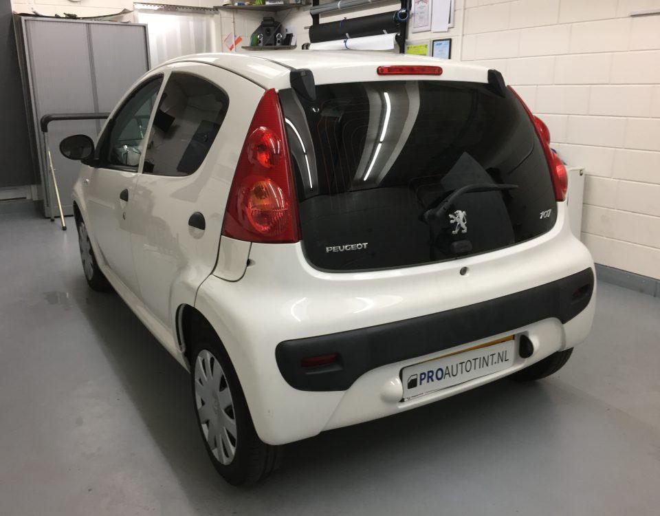 Peugeot 107 ramen blinderen