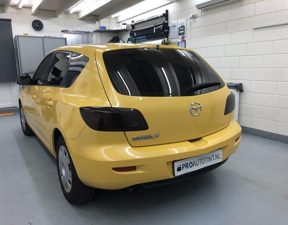 Mazda 3 ramen blinderen