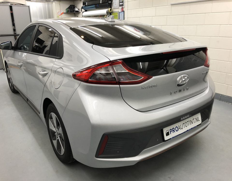 Hyundai Ionic ramen blinderen